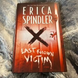 3/$15 Last Known Victim Erica Spindler Hardcover
